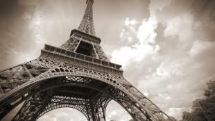 Wurde zweimal verkauft: Der Eiffelturm in Paris, © Tupungato - Fotolia.com